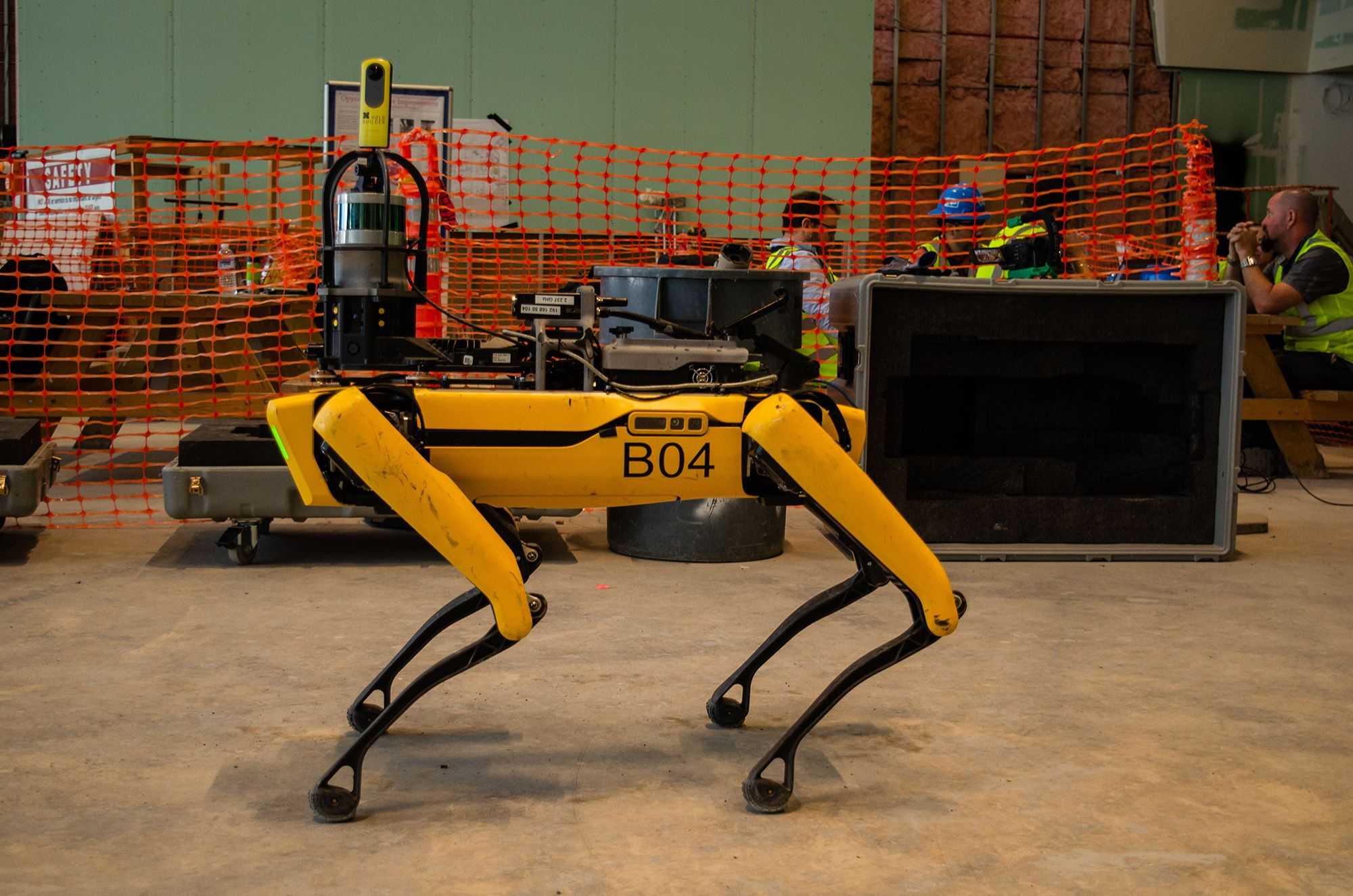 Equipped with a 360° camera, Spot walks a jobsite and captures 360° images.